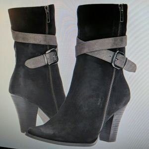 Azura Bibioni Boot